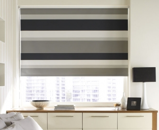Mono Midnight Blackout Window blind