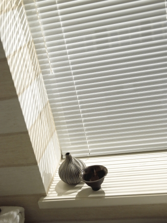 Filtra White Window blind