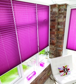 Creped Mauve Window blind