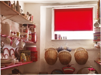 Acacia Pillarbox Red Window blind
