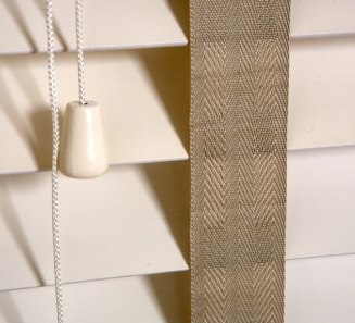 Oyster with 38mm tape Window blind