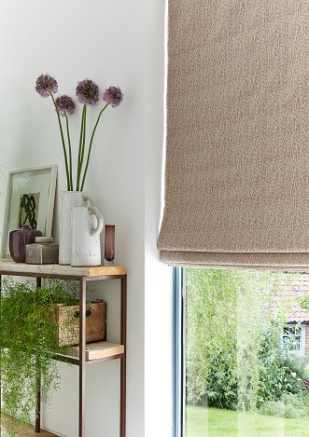 Frida Berry - New Range 2016 Window blind