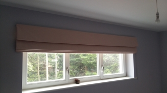 Extra Wide Pink Roman Window blind