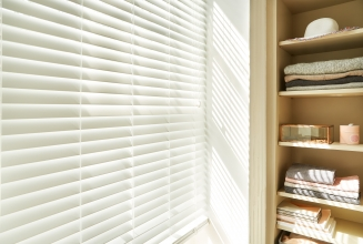 Cool White Fauxwood2 Window blind