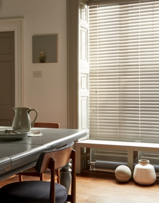 Flint Fauxwood2 Window blind